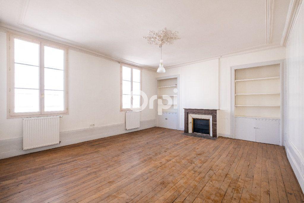 Immeuble à vendre 0 0m2 à Limoges vignette-10
