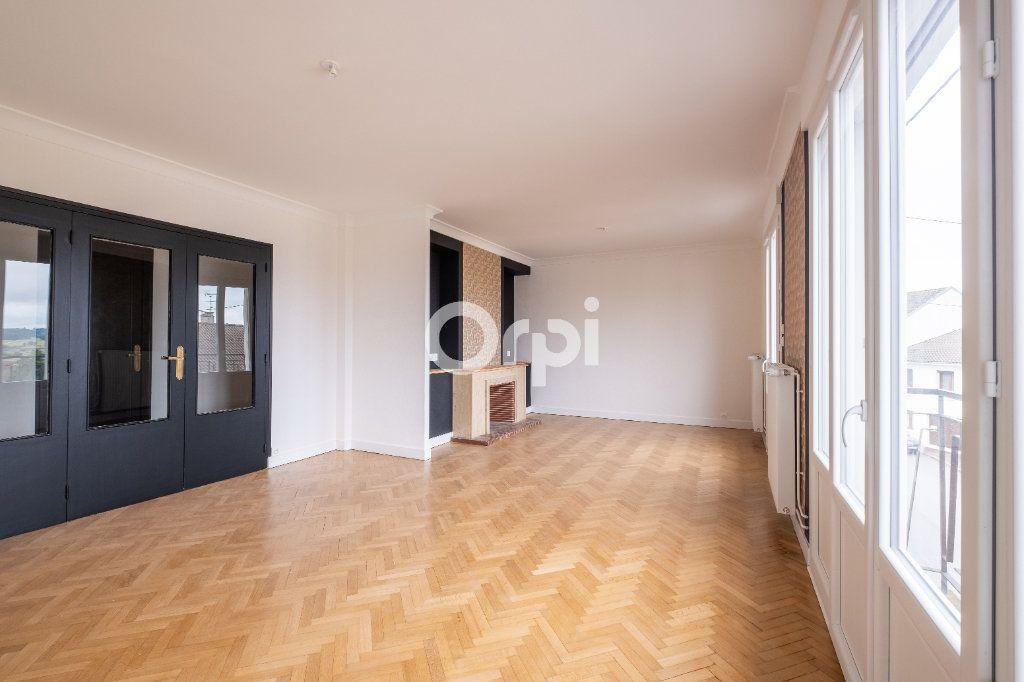 Appartement à vendre 5 149m2 à Limoges vignette-1