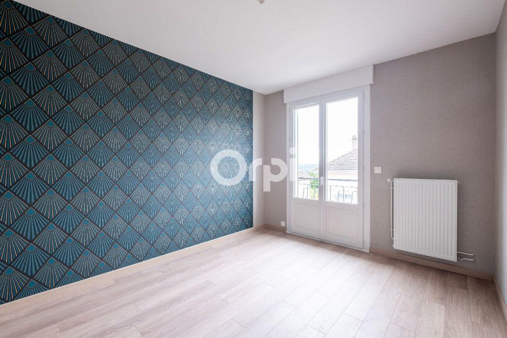 Appartement à vendre 5 149m2 à Limoges vignette-9