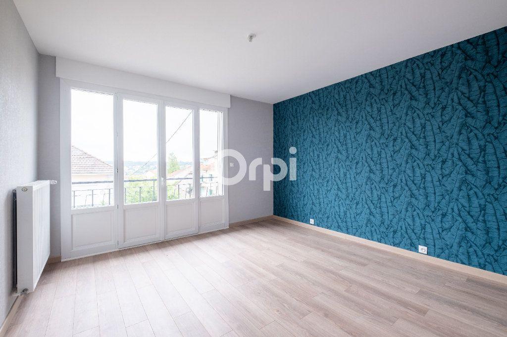 Appartement à vendre 5 149m2 à Limoges vignette-10