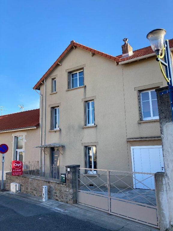 Maison à louer 8 129.32m2 à Bessines-sur-Gartempe vignette-2