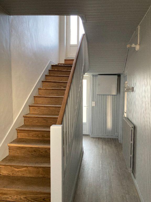 Maison à louer 8 129.32m2 à Bessines-sur-Gartempe vignette-6