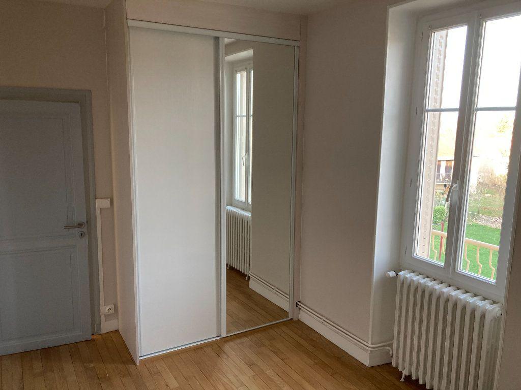 Maison à louer 8 129.32m2 à Bessines-sur-Gartempe vignette-7