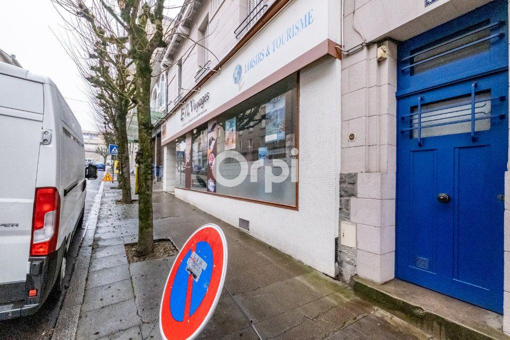 Immeuble à vendre 0 364m2 à Limoges vignette-6