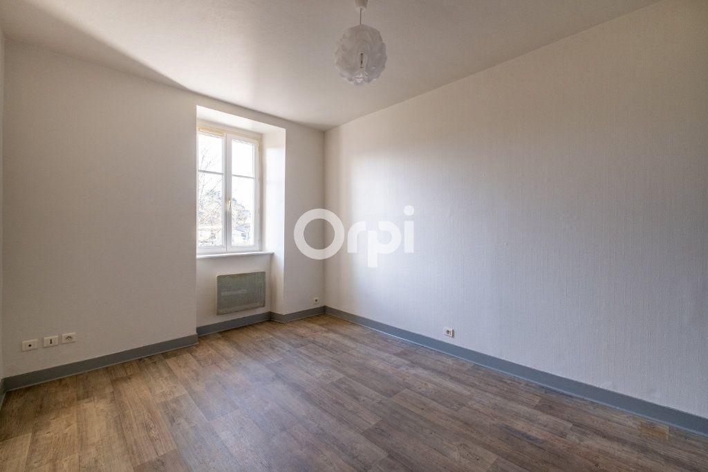 Appartement à louer 2 34m2 à Aixe-sur-Vienne vignette-1