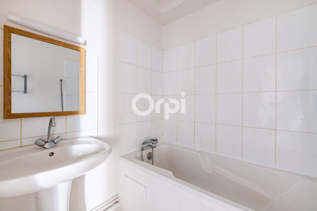 Appartement à louer 2 35m2 à Aixe-sur-Vienne vignette-5