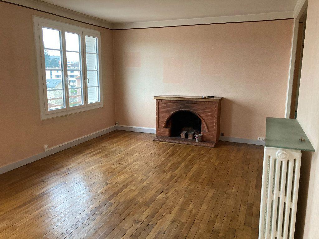 Appartement à louer 3 93m2 à Limoges vignette-1