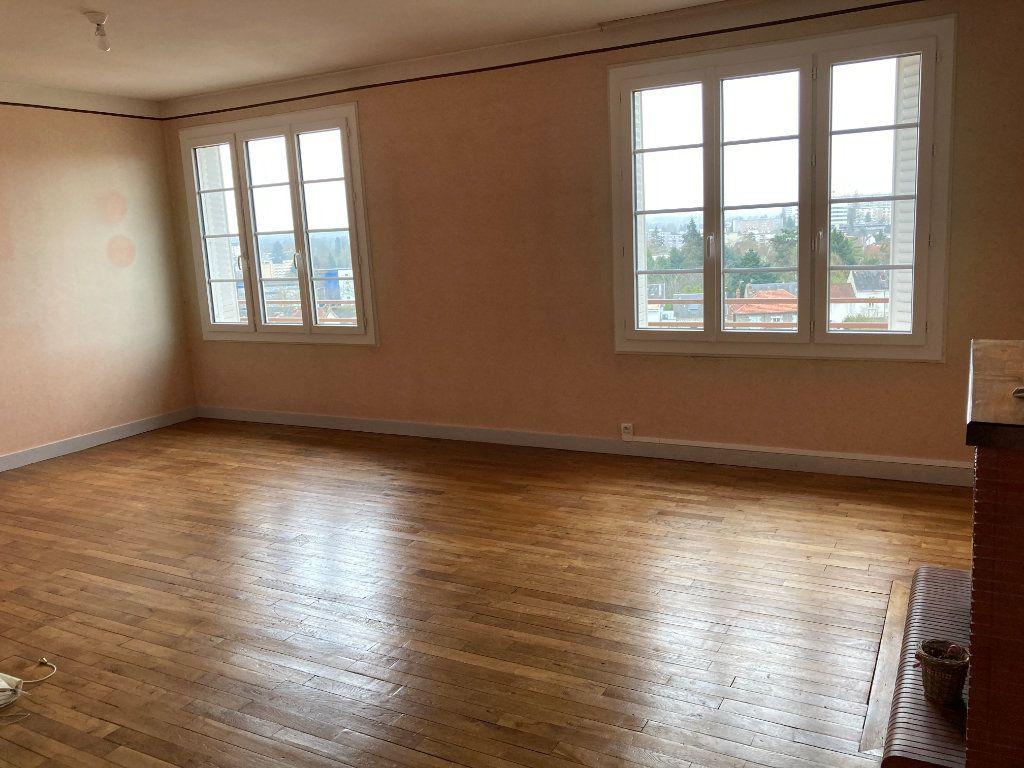Appartement à louer 3 93m2 à Limoges vignette-4