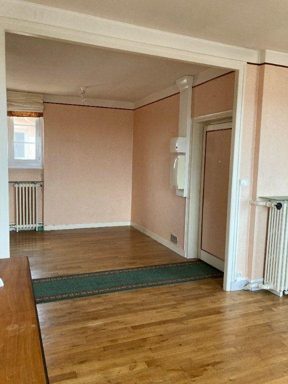 Appartement à louer 3 93m2 à Limoges vignette-5