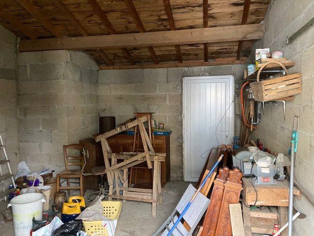 Maison à vendre 3 70m2 à Peyrat-de-Bellac vignette-4