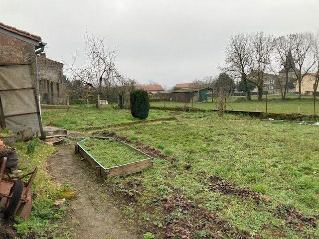 Maison à vendre 3 70m2 à Peyrat-de-Bellac vignette-7