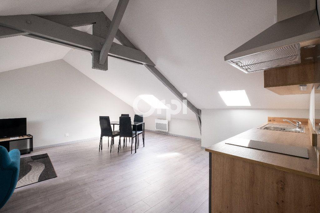 Appartement à louer 2 30m2 à Limoges vignette-2