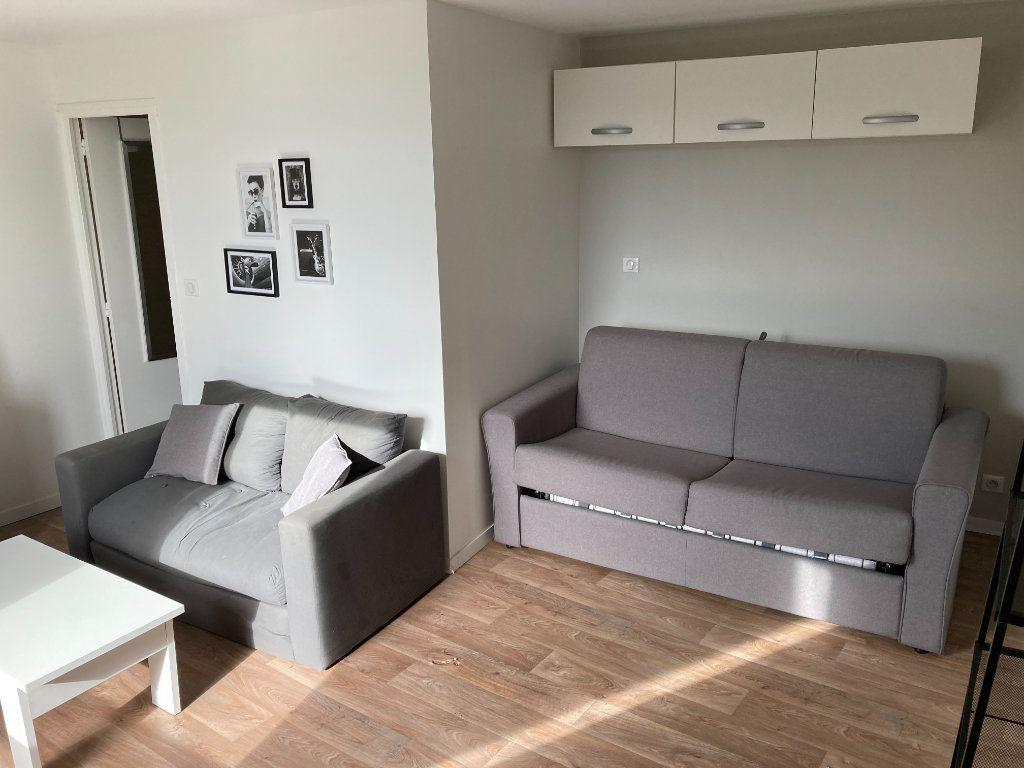Maison à louer 7 184m2 à Limoges vignette-3