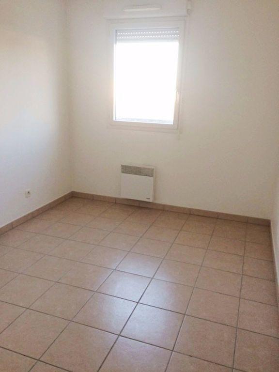 Appartement à louer 2 52m2 à La Seyne-sur-Mer vignette-5