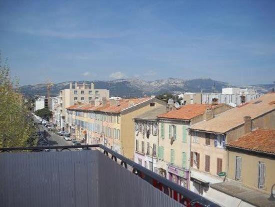 Appartement à louer 2 49.1m2 à La Seyne-sur-Mer vignette-1