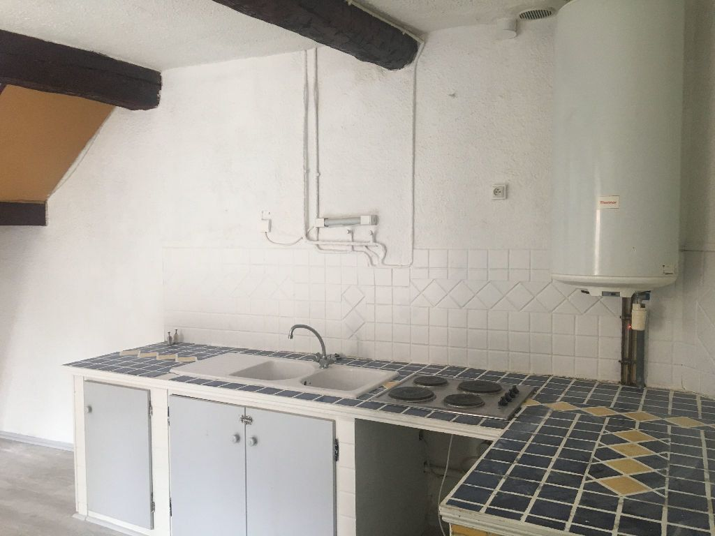 Appartement à louer 3 52m2 à La Seyne-sur-Mer vignette-3