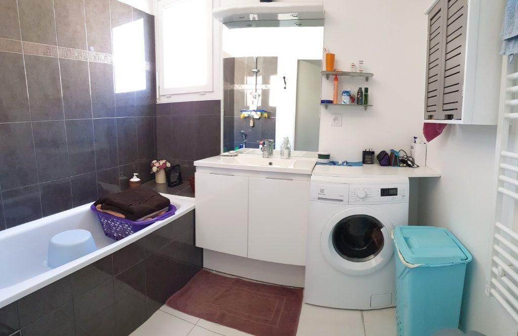 Appartement à vendre 3 59m2 à La Seyne-sur-Mer vignette-8