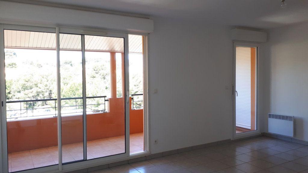 Appartement à louer 2 49.23m2 à La Seyne-sur-Mer vignette-1