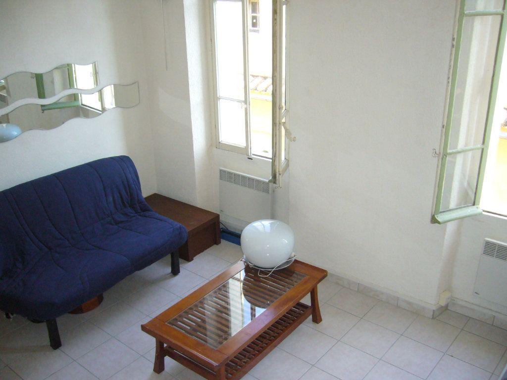 Appartement à louer 1 18.97m2 à La Seyne-sur-Mer vignette-2