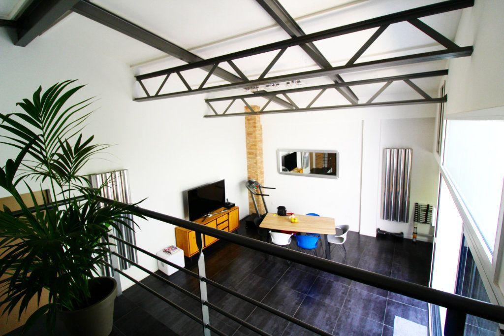 Appartement à vendre 5 132m2 à Toulon vignette-3