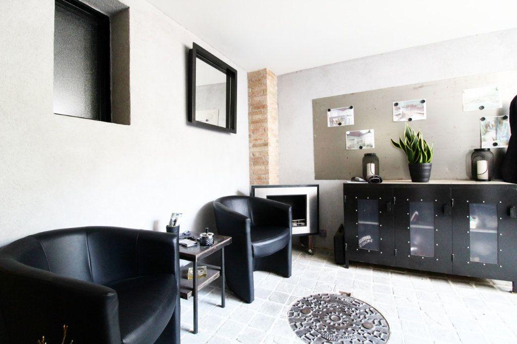 Appartement à vendre 5 132m2 à Toulon vignette-4