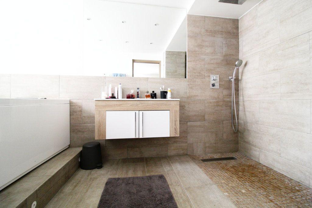 Appartement à vendre 5 132m2 à Toulon vignette-7