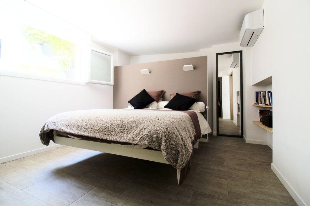 Appartement à vendre 5 132m2 à Toulon vignette-8