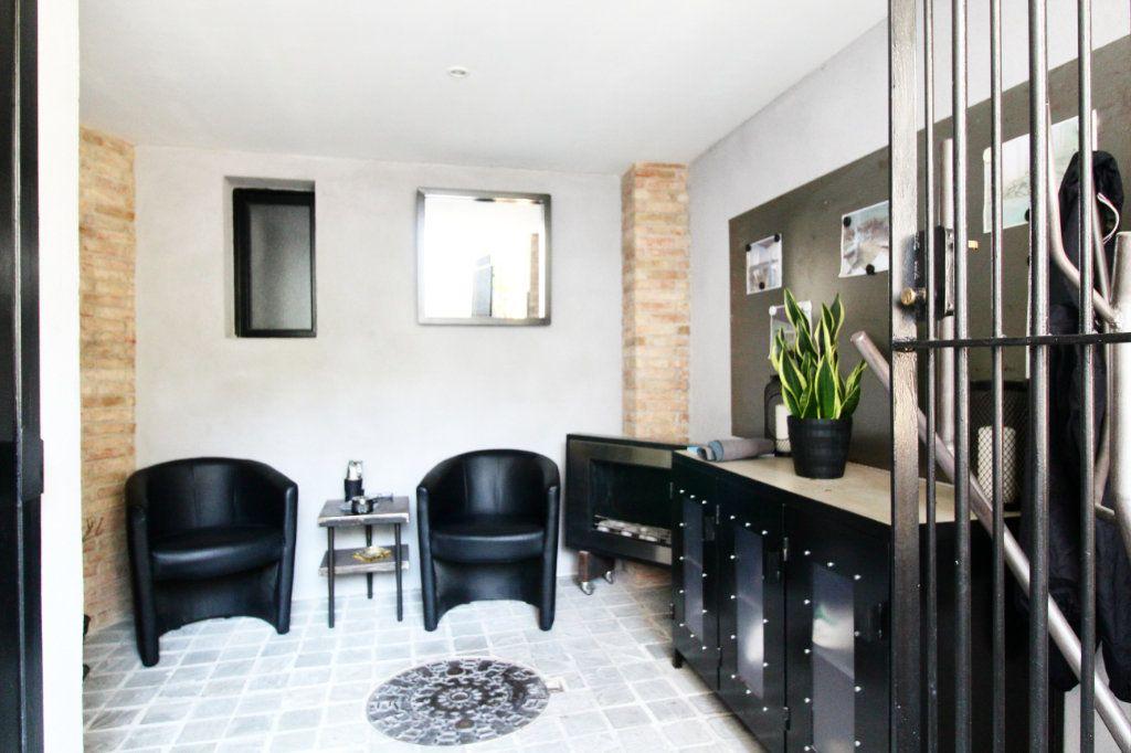 Appartement à vendre 5 132m2 à Toulon vignette-9