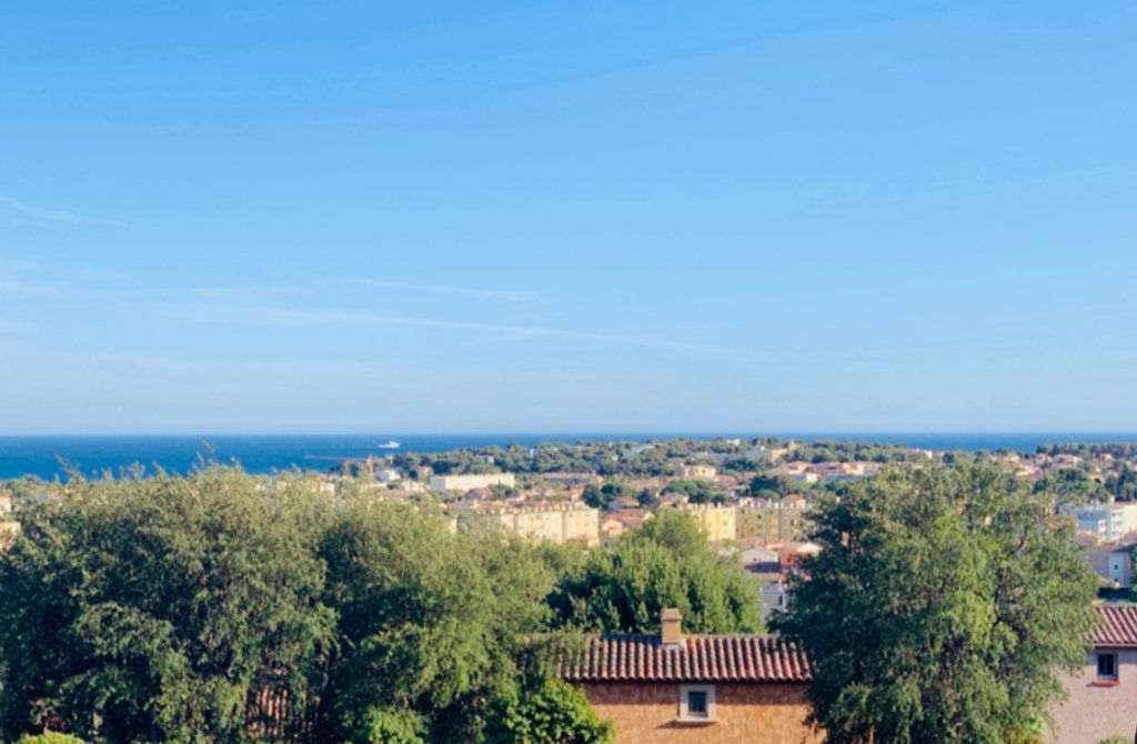 Appartement à vendre 2 42m2 à La Seyne-sur-Mer vignette-4
