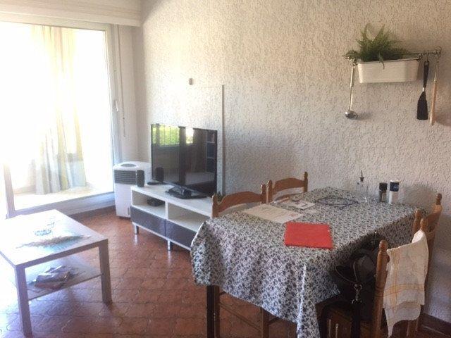 Appartement à louer 1 20m2 à Saint-Mandrier-sur-Mer vignette-1