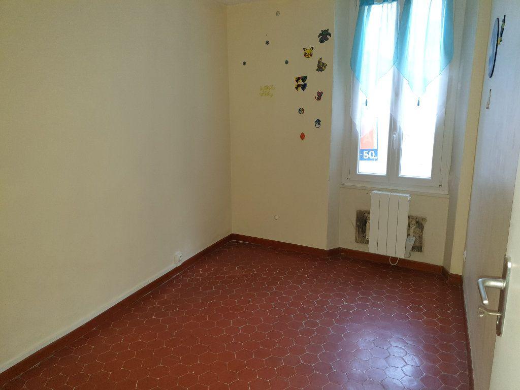 Appartement à vendre 3 59m2 à La Seyne-sur-Mer vignette-3