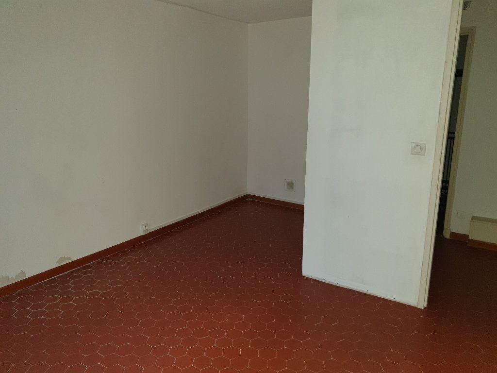 Appartement à vendre 3 59m2 à La Seyne-sur-Mer vignette-4