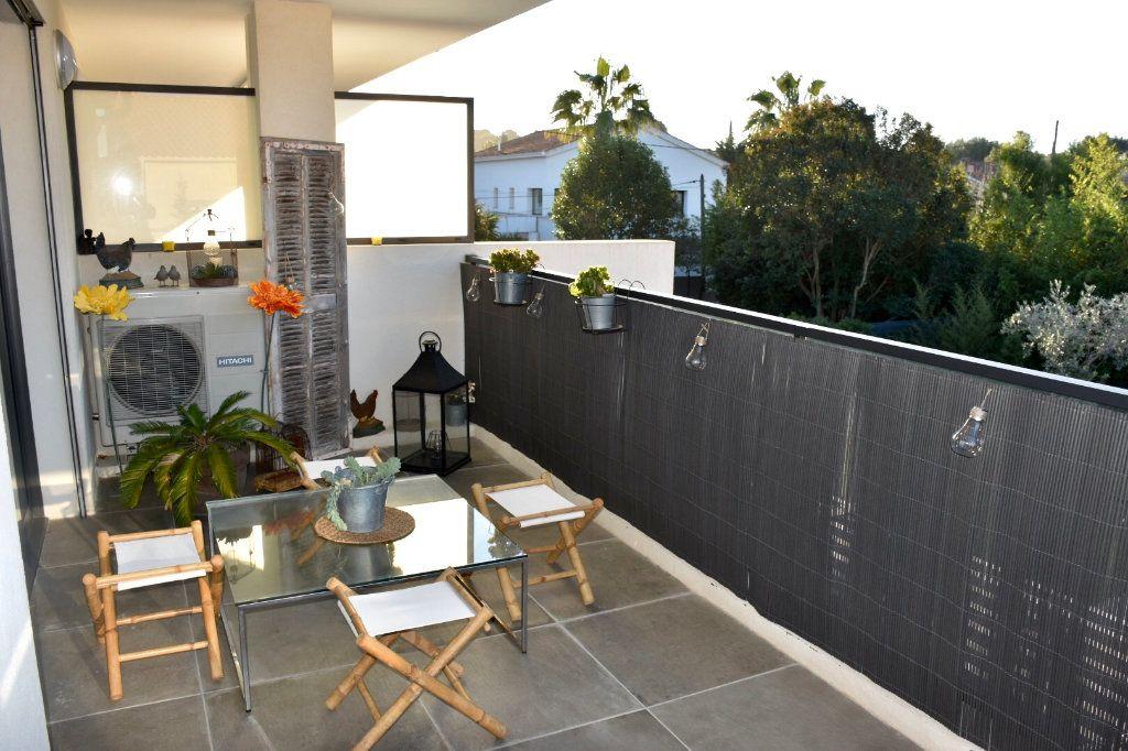 Appartement à vendre 3 80m2 à Sanary-sur-Mer vignette-11