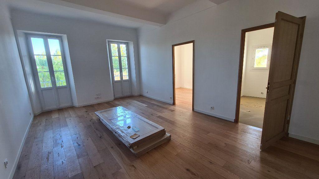Appartement à vendre 4 91.9m2 à La Seyne-sur-Mer vignette-2