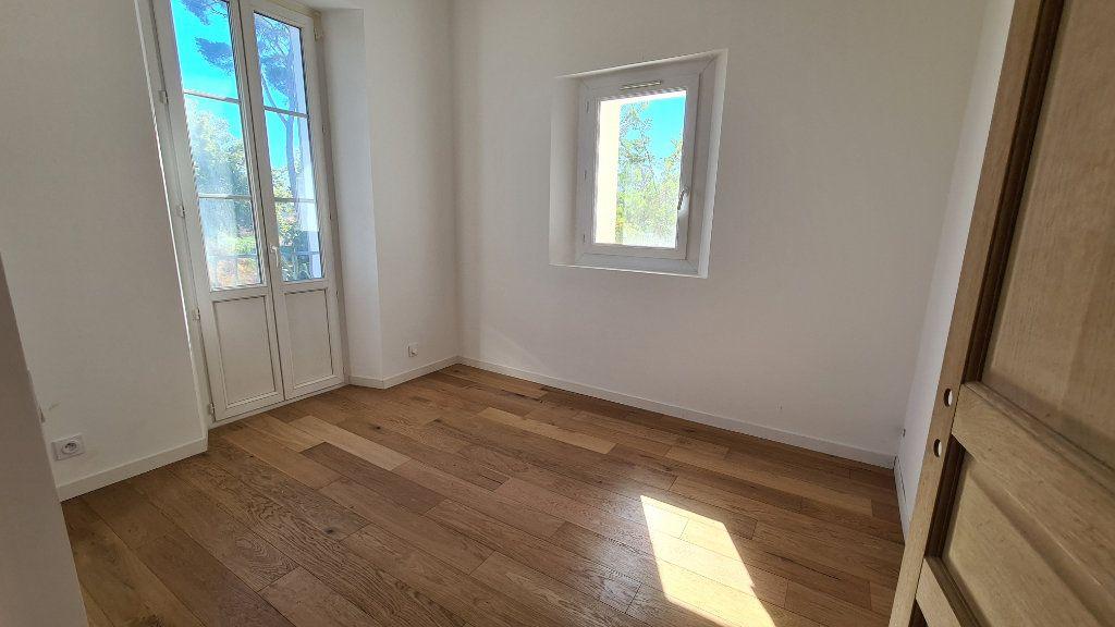 Appartement à vendre 4 91.9m2 à La Seyne-sur-Mer vignette-4