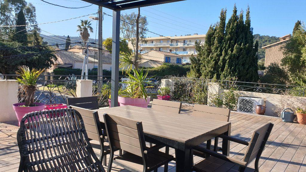 Maison à vendre 7 223m2 à La Seyne-sur-Mer vignette-4
