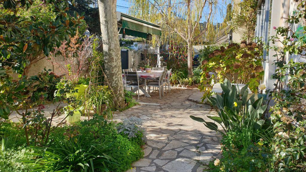 Maison à vendre 7 223m2 à La Seyne-sur-Mer vignette-5