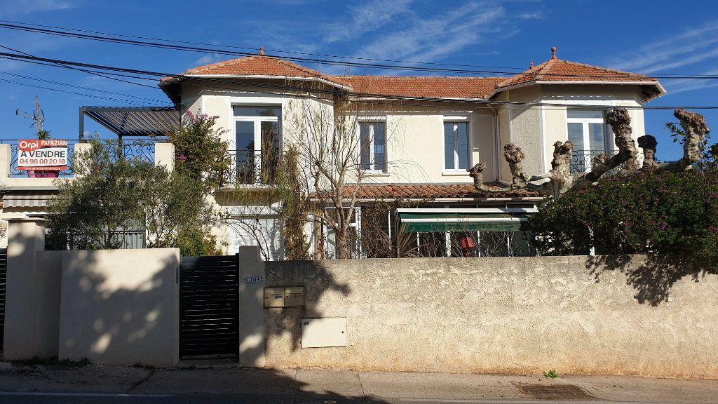 Maison à vendre 7 223m2 à La Seyne-sur-Mer vignette-8