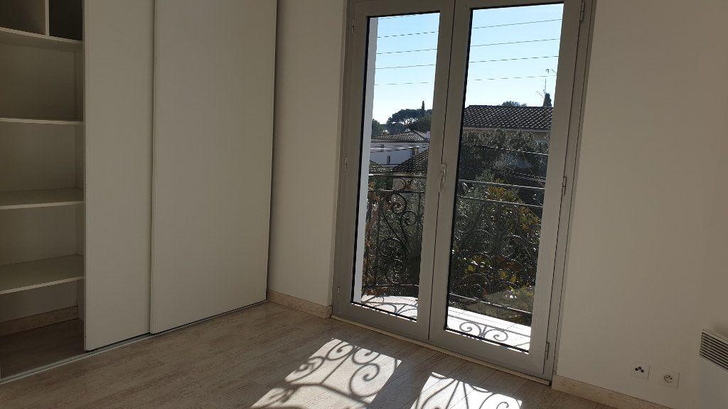 Maison à vendre 7 223m2 à La Seyne-sur-Mer vignette-10