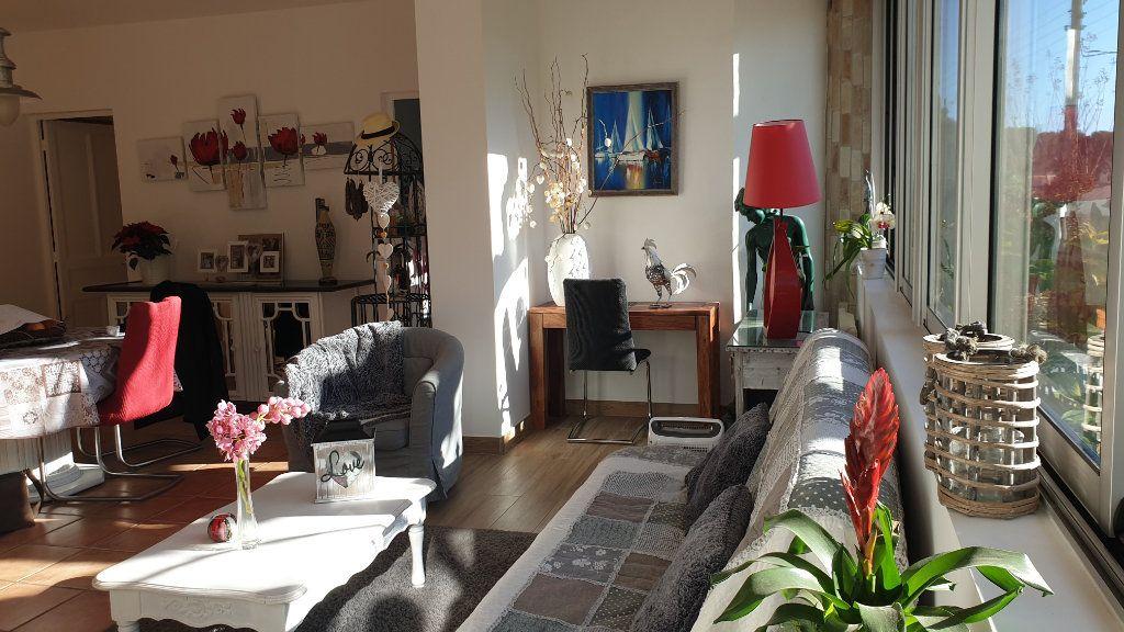 Maison à vendre 7 223m2 à La Seyne-sur-Mer vignette-12