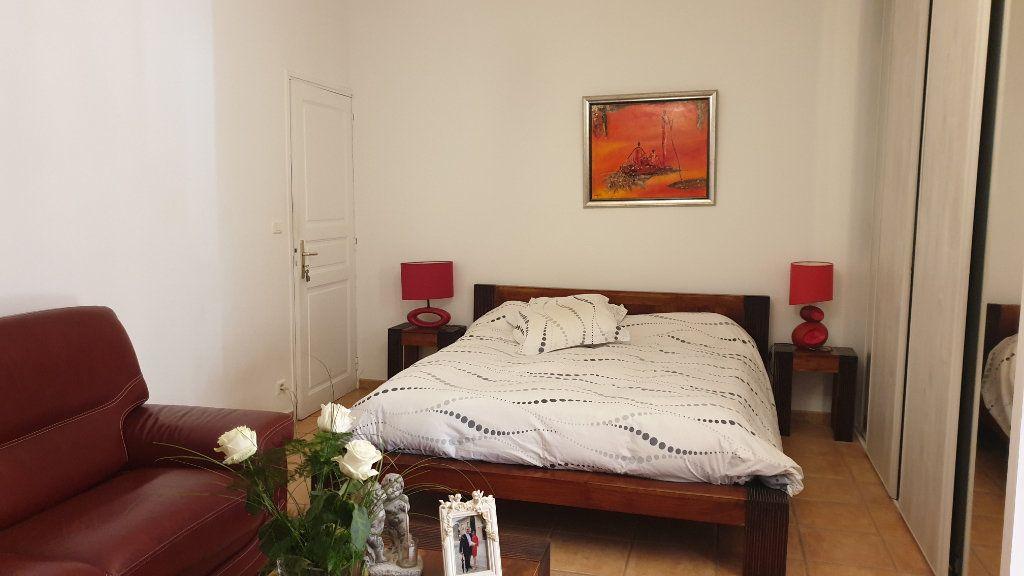 Maison à vendre 7 223m2 à La Seyne-sur-Mer vignette-14