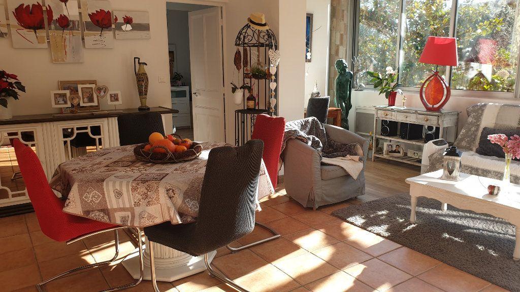 Maison à vendre 7 223m2 à La Seyne-sur-Mer vignette-17