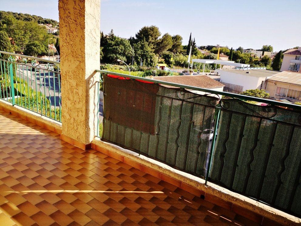 Appartement à vendre 2 52m2 à Sanary-sur-Mer vignette-5