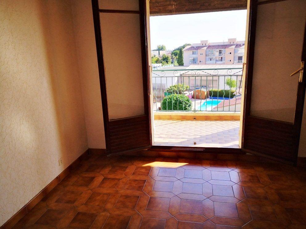 Appartement à vendre 2 52m2 à Sanary-sur-Mer vignette-8