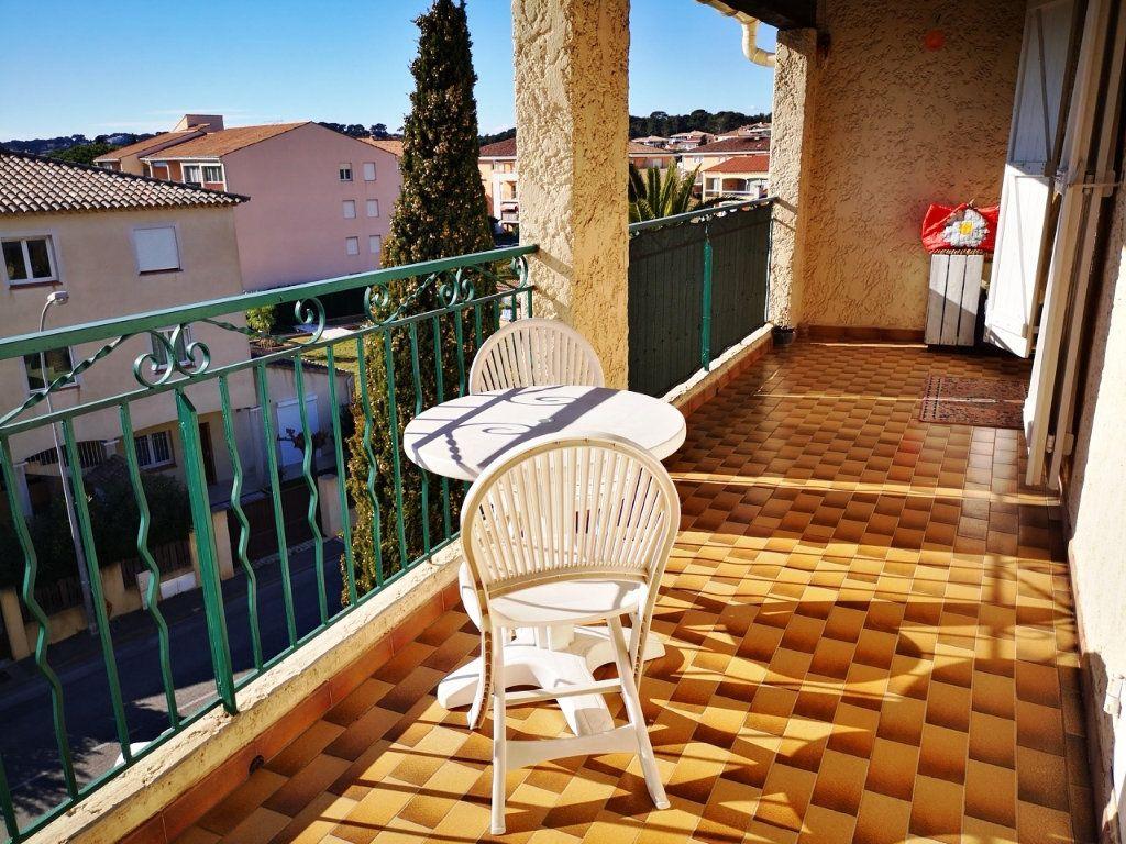 Appartement à vendre 2 52m2 à Sanary-sur-Mer vignette-11