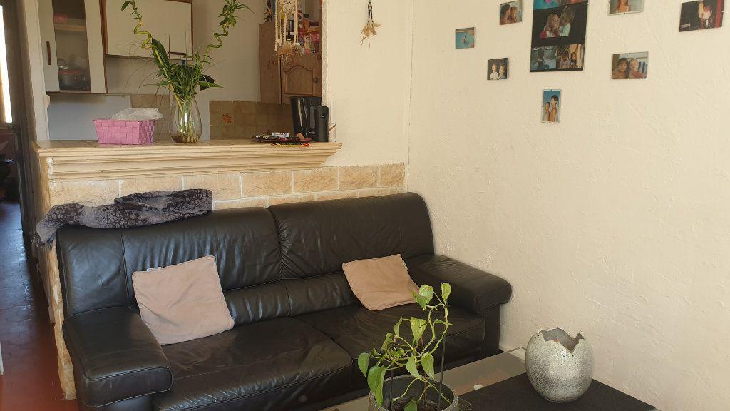 Appartement à vendre 2 36m2 à La Seyne-sur-Mer vignette-2