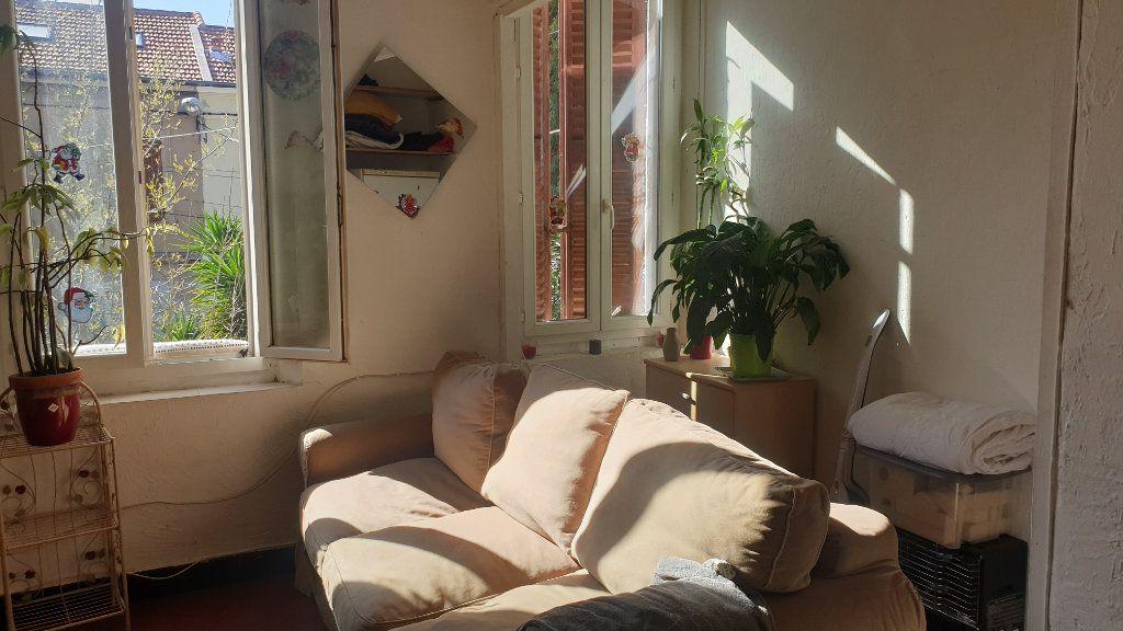 Appartement à vendre 2 36m2 à La Seyne-sur-Mer vignette-4