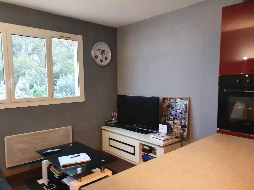 Appartement à vendre 2 32m2 à Saint-Mandrier-sur-Mer vignette-1