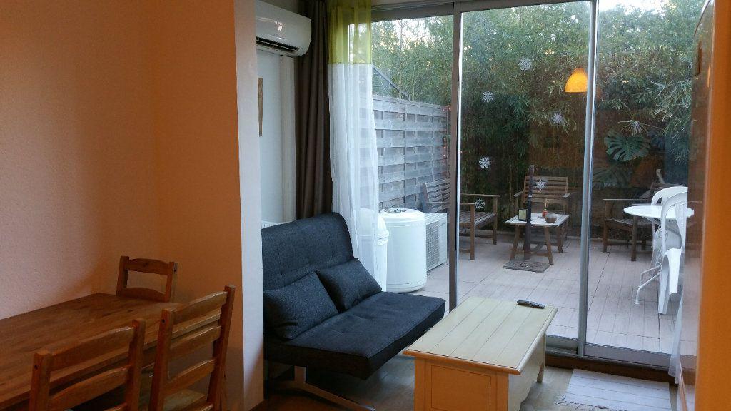 Appartement à vendre 1 19.09m2 à Saint-Mandrier-sur-Mer vignette-2
