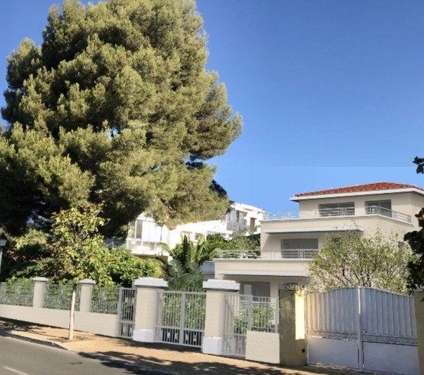 Appartement à vendre 2 55m2 à Sanary-sur-Mer vignette-1